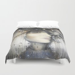 Waiting in the Wings Duvet Cover