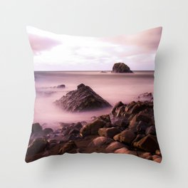 Black Rock, Widemouth Bay, Bude, Cornwall, England, UK Throw Pillow