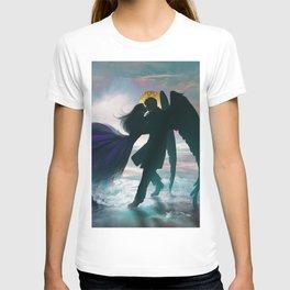 Angel romance embrace T-shirt