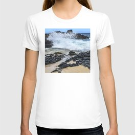 Crashing Waves In Hidden Hawaiian Cove T-shirt