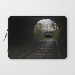 Ce tunnel est fermé // This Tunnel is Closed Laptop Sleeve