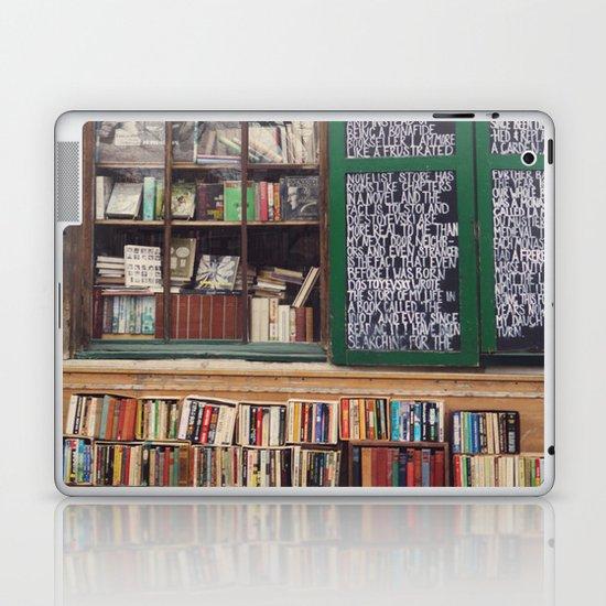 Shakespeare in Paris #2 Laptop & iPad Skin