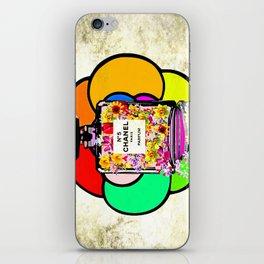 Flowers No 5 Parfum iPhone Skin