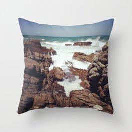 West Coast rocks Throw Pillow