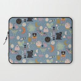 Lunar Pattern: Blue Moon Laptop Sleeve