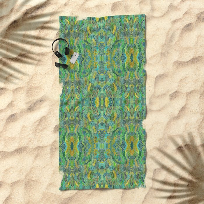 Green leaves Beach Towel