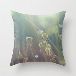 grass dreams Throw Pillow