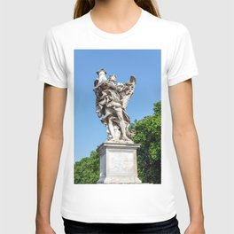 Angel with the Column at the Sant'Angelo bridge - Rome, Italy T-shirt