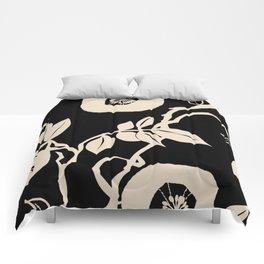 trailing vine Comforters