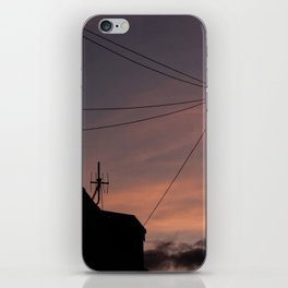 Universal connection I iPhone Skin