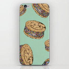 THERE'S ALWAYS TIME FOR AN ICE CREAM SANDWICH WITH CHOCOLATE CHIPS AND FUNFETTIS! - MINT iPhone Skin