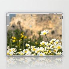 Spring Camomile Laptop & iPad Skin
