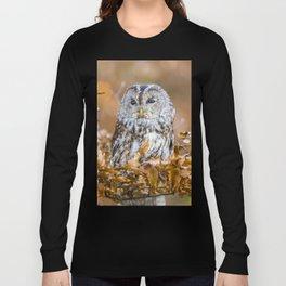 Tawny Owl in woodland Long Sleeve T-shirt