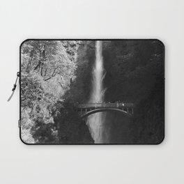 Multnomah Falls Oregon Waterfall Black and White Laptop Sleeve