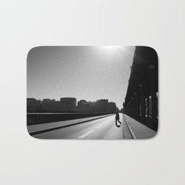 Crossing Pont de Bir-Hakeim / Paris Bath Mat