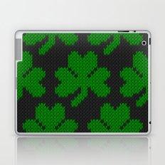 Shamrock pattern - black, green Laptop & iPad Skin