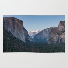 A Look At the Valley From Tunnel View in Yosemite Rug
