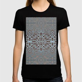 Floral abstract background G100 T-shirt