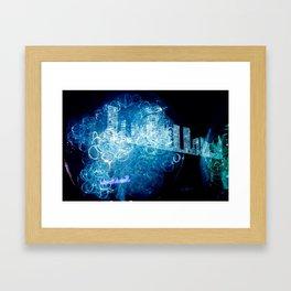 """""""Blauen lichter der stadt"""" Framed Art Print"""