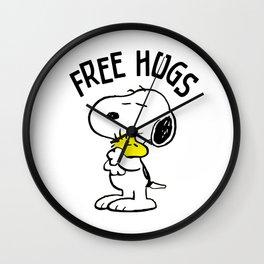 Free Hugs Snoopy Wall Clock