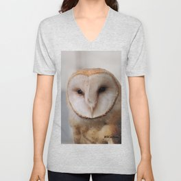 Barn Owl on Alert Unisex V-Neck