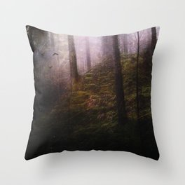 Travelling darkness Throw Pillow