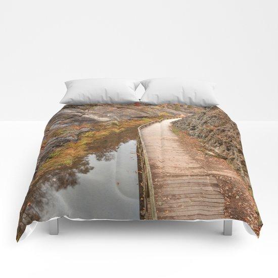 Paw Paw Boardwalk Trail Comforters