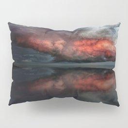 Red cloud reflect Pillow Sham
