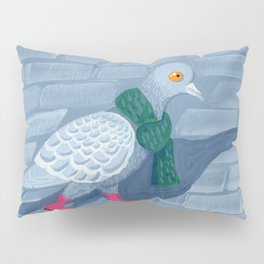 Pigeon in the city Pillow Sham