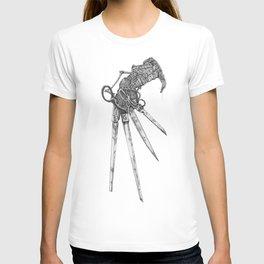 Scissorhand (BW-L) T-shirt