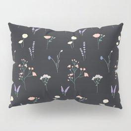 Kiss Me (Black)  Pillow Sham