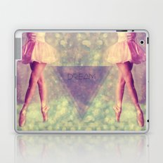 Dream a little dream Laptop & iPad Skin