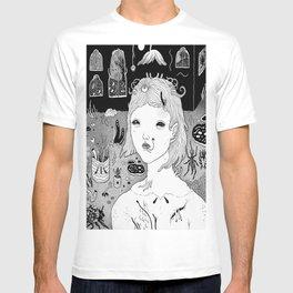 indoors / outdoors T-shirt