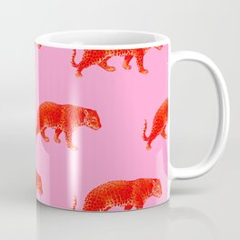Vintage Cheetahs in Coral + Red Kaffeebecher