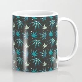 Marijuana leaf and circles seamless pattern background Coffee Mug