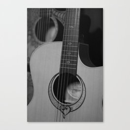 LUNA Song GC 4 Canvas Print