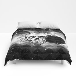 bw space skull  Comforters