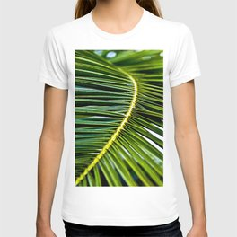 Magic green palm T-shirt
