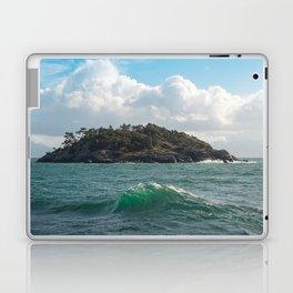 PORTRAIT OF SECRETARY ISLAND, BC TROPICS 2K16 Laptop & iPad Skin