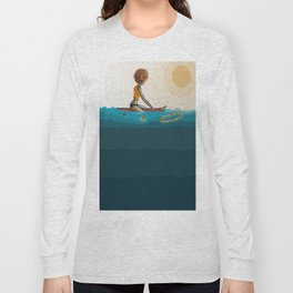 surfing in sunnies Long Sleeve T-shirt