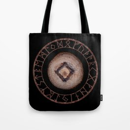 Ingwaz Elder Futhark Rune Male fertility, gestation, internal growth. Common virtues, common sense Tote Bag