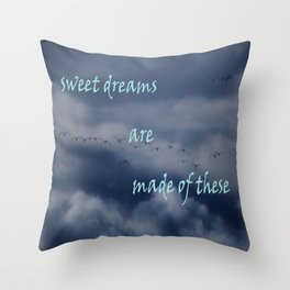 goose dreams Throw Pillow