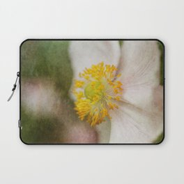 Fold the whole earth in peace... Laptop Sleeve
