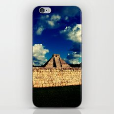 El Castillo iPhone & iPod Skin