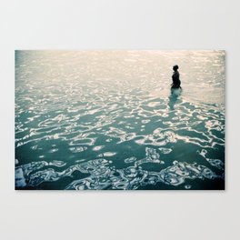 Lady in swimming pool Canvas Print