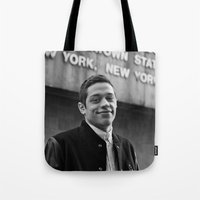 snl Tote Bags featuring B&W by F*** Me Pete Davidson