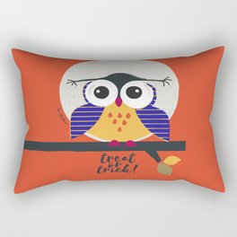 big eyed halloween owl Rectangular Pillow