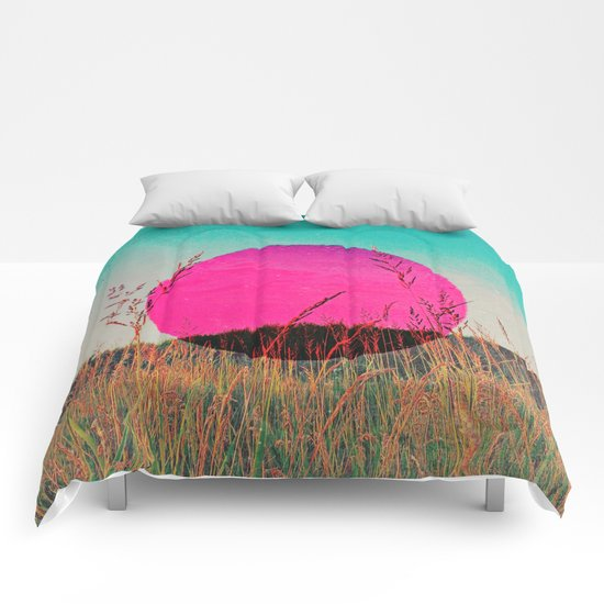 A Happy Day Comforters