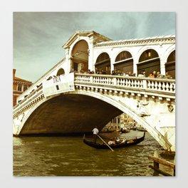 Ponte di Rialto Canvas Print