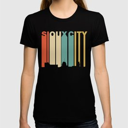 Retro 1970's Style Sioux City Iowa Skyline T-shirt
